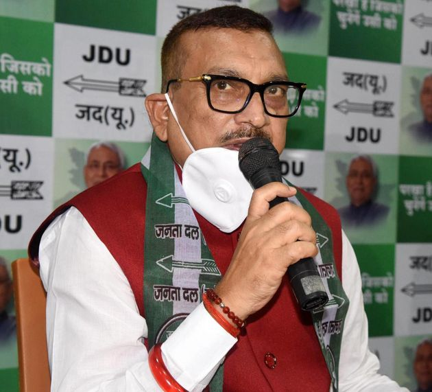 Former DGP Gupteshwar Pandey after joining Janata Dal United on September 27, 2020 in