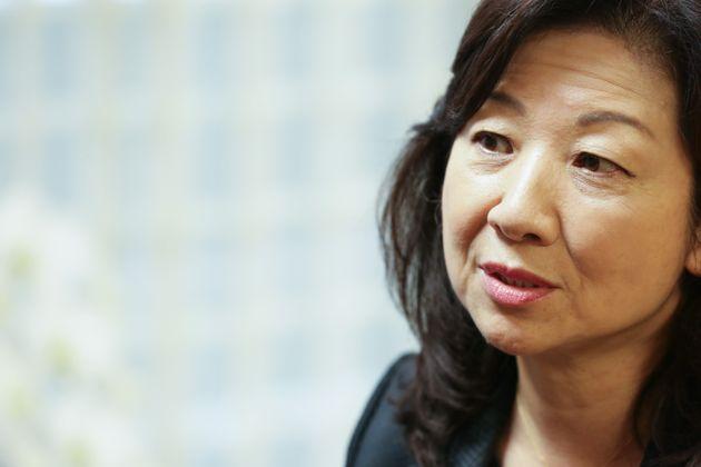 インタビューに応じる野田聖子・自民党幹事長代行=2020年10月9日