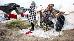 Σε λασπόνερα σε πλημμυρισμένες σκηνές πρόσφυγες στο Καρά Τεπέ εξαιτίας της