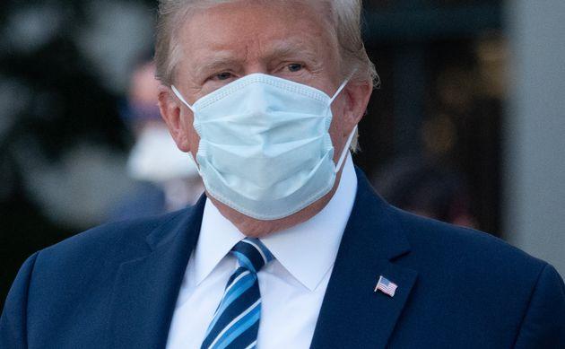 Donald Trump, ici quittant le centre médical Walter Reed de Bethesda, dans le Maryland aux États-Unis,...