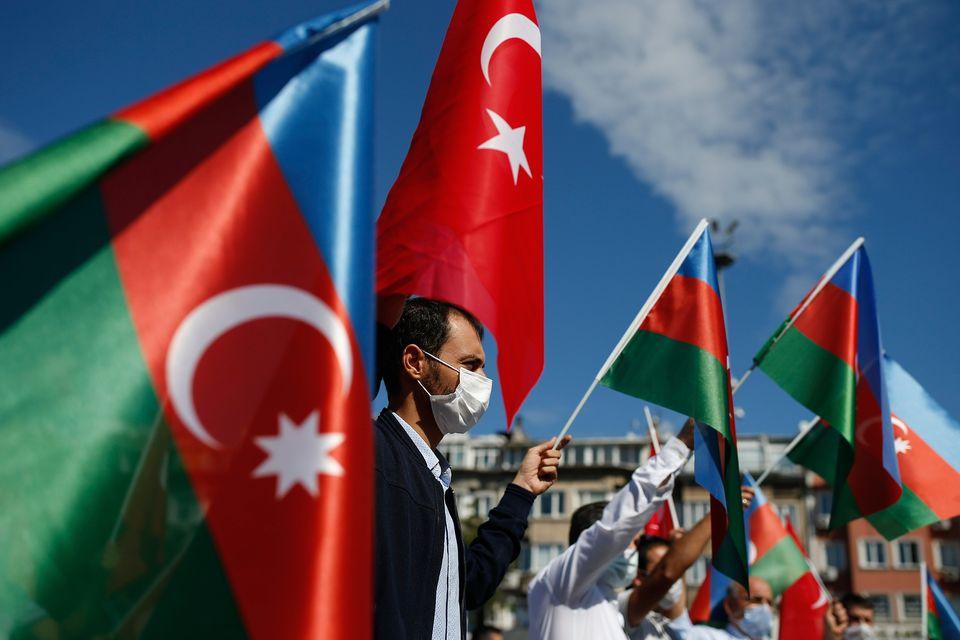 Σύγκρουση Αρμενίας - Αζερμπαϊτζάν: Ο τ. Πρέσβης της Ελλάδας στο Μπακού Νικόλαος Κανέλλος απαντά στη