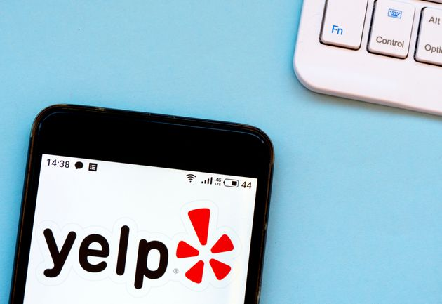 Yelp is taking criticism from prominent conservatives after it announced a new racism alert for its restaurant