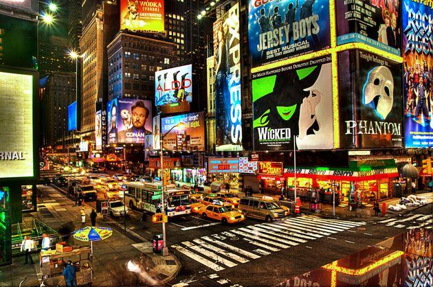 Νέα Υόρκη: Κλειστά τα θέατρα στο Μπροντγουέι έως το καλοκαίρι του