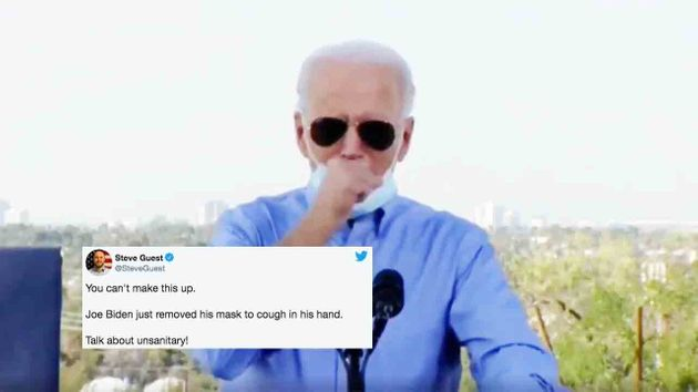 Joe Biden a été largement moqué après avoir baissé son masque pour tousser dans son poing durant un meeting...