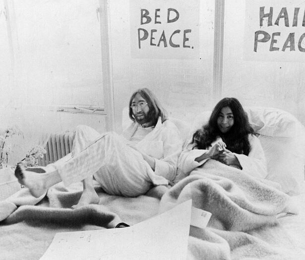 Μάρτιος 1969 στο ξενοδοχείο...