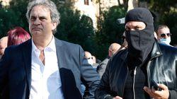 Roma, in pochi alla manifestazione di Gilet arancioni e Forza Nuova.