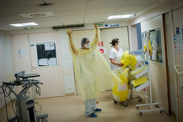Du personnel soignant au CHU de Nantes (Loire-Atlantique), le 19 mai 2020 (photo