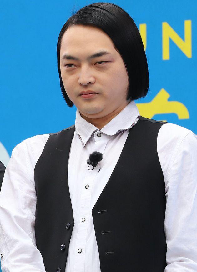 ピスタチオの小澤慎一朗さん=2020年2月撮影
