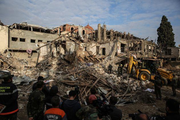 Dans la nuit du 11 octobre, l'Arménie a bombardé la deuxième ville