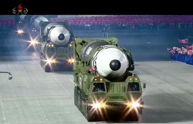 Όσα είναι γνωστά για τον γιγαντιαίο νέο βαλλιστικό πύραυλο της Βόρειας