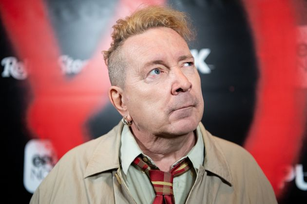 Sex Pistols John Lydon Says Hed Be Daft As A Brush Not To Vote For Trump