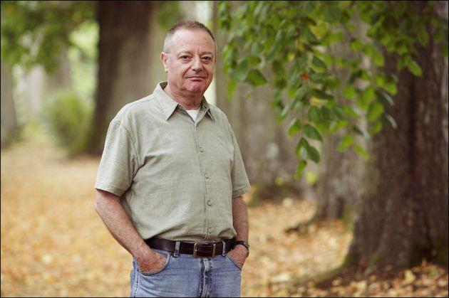 Yehoshua Kenaz, lors d'un séjour à Forges les Eaux en France, le 25 août 2003....