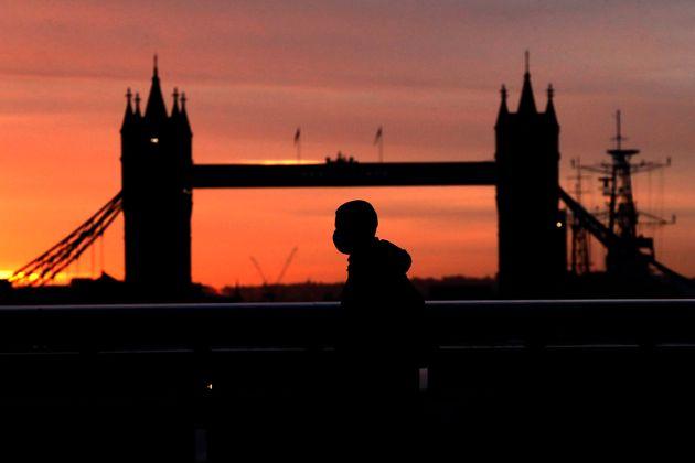 Βρετανία: Σύστημα «3 επιπέδων» για την αναχαίτιση της πανδημίας παρουσίασε ο