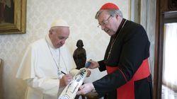Il Papa riapre il Vaticano a George Pell, accelera la riforma delle finanze (di M.A.