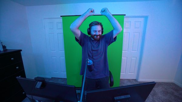 "Aspiring YouTubers and TikTokers will find this <a href=""https://streamvalera.com/"" target=""_blank"">green screen</a> a crucia"