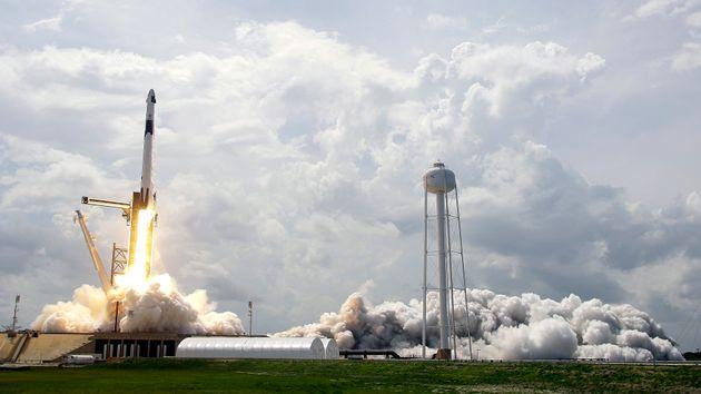 Το HBO ετοιμάζει σειρά για την SpaceX του Έλον