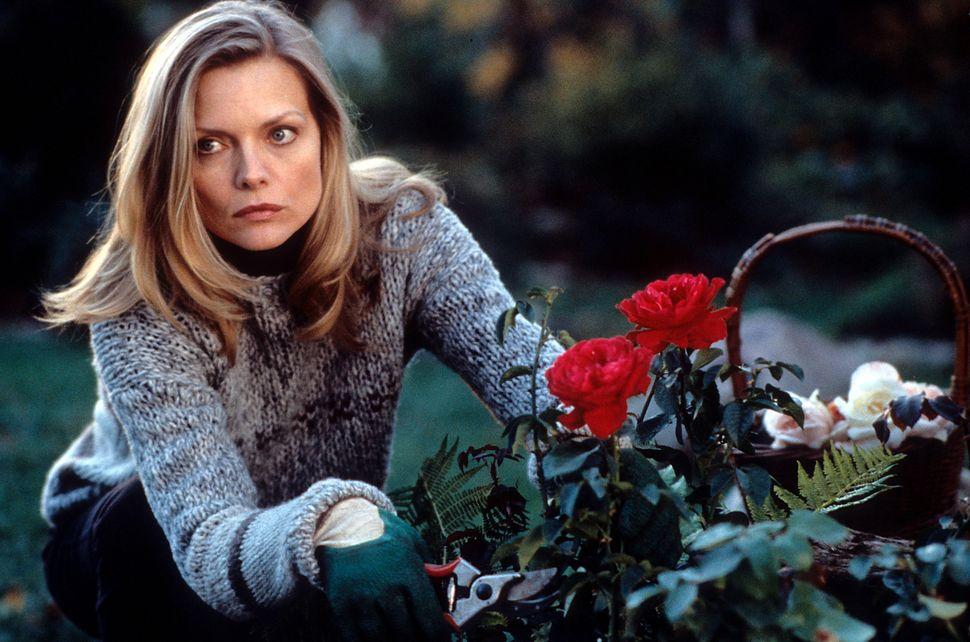 """Michelle Pfeiffer in """"What Lies Beneath."""""""