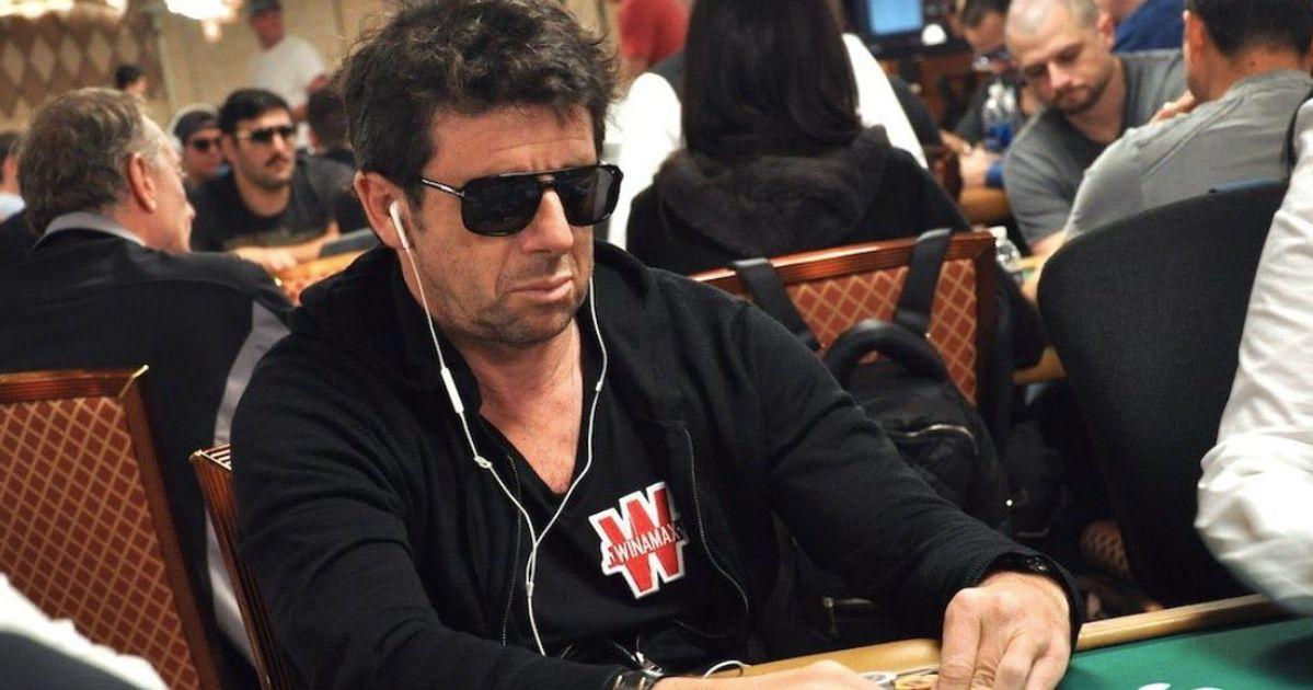 Cette photo de Patrick Bruel jouant au poker vaut le détournement | Le  HuffPost