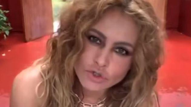 Paulina Rubio durante la polémica actuación en su casa durante elOne World: Together...