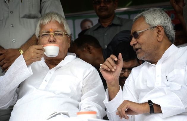 Lalu Prasad and Nitish Kumar at a by-election rally on August 11, 2014 in Hajipur,