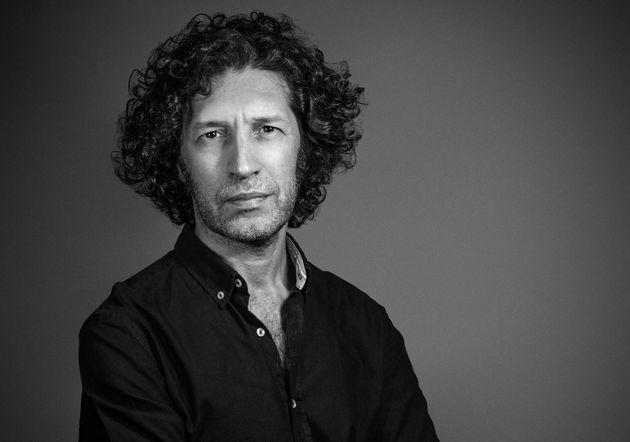 El escritor Javier Menéndez