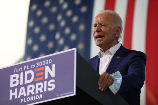 민주당 대선후보 조 바이든이 선거 유세를 하고 있다. 미라마, 플로리다주. 2020년
