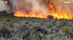 Il Kilimangiaro brucia: il fuoco attacca le pendici di uno dei monti più alti del mondo