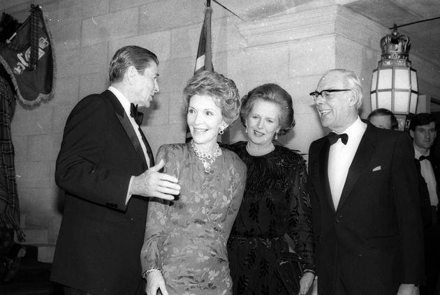 Ο Ρόναλντ και η Νάνσι Ρίγκαν...