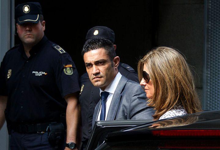 Rosalía Iglesias llegando a declarar a la Audiencia Nacional en junio de 2013.