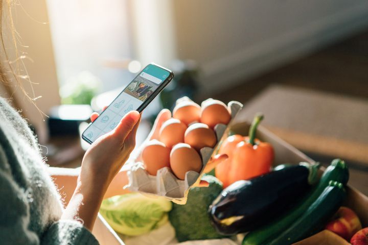 Apps like Basket and Flipp help consumers make smarter choices at the supermarket.