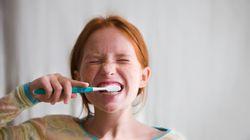 Le dentifrice solide, bidon ou
