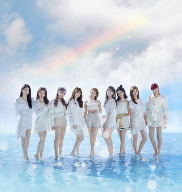전원 일본인으로 구성된 JYP엔터테인먼트 소속 9인조 걸그룹