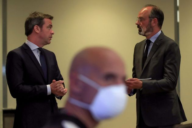 Que reproche-t-on concrètement à Édouard Philippe et Olivier Véran, perquisitionnés...