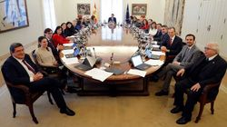 Los españoles solo aprueban (y con un 5 raspado) a uno de los ministros de