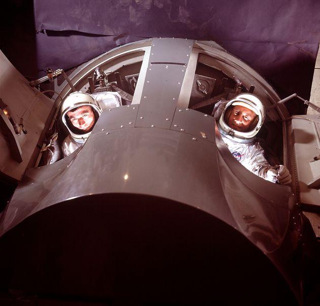 세계적인 우주비행사 거스 그리섬과 존