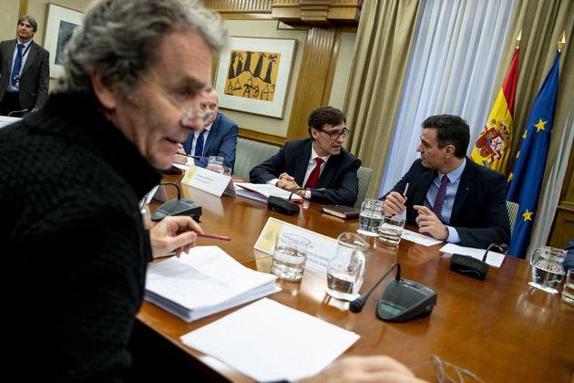 Illa, Sánchez y Simón, en una reunión en