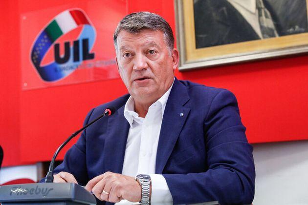 Il segretario generale Uil Pierpaolo Bombardieri nella sala Buozzi durante conferenza stampa Cgil, Cisl,...