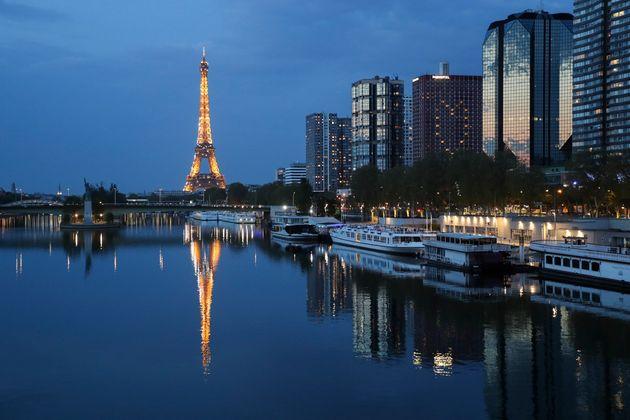 Une vue de Paris, en avril