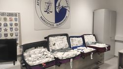 Μετέφεραν με βαλίτσες 100 κιλά του σπάνιου ναρκωτικού
