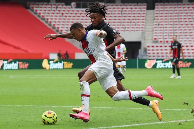 Kylian Mbappé et Khephren Thuram lors de Nice-PSG en Ligue 1, le 20 septembre