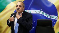 Barroso pede que plenário do STF julgue afastamento de senador flagrado com dinheiro na
