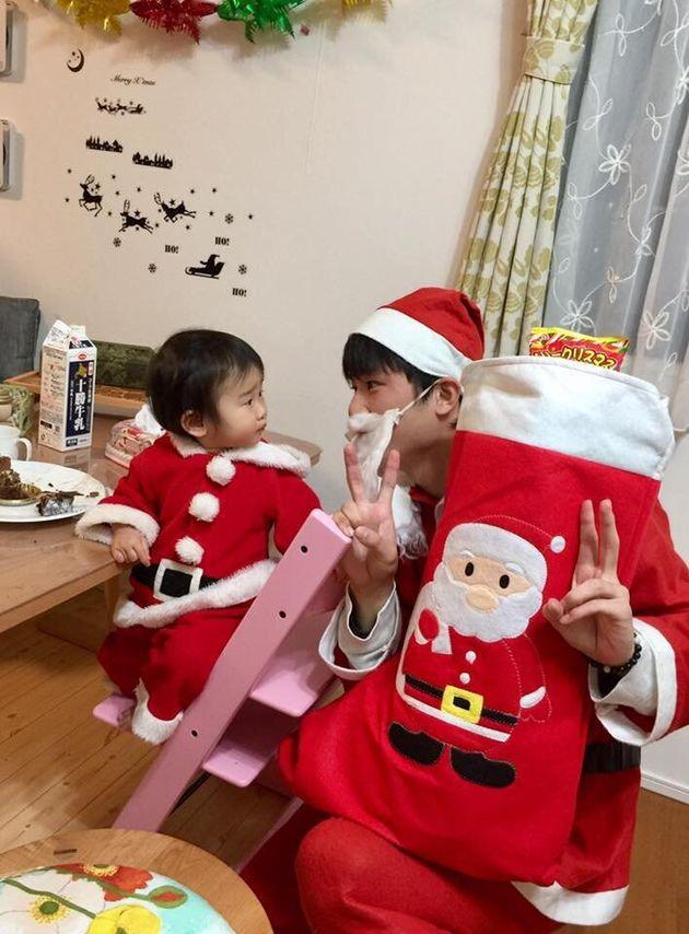 クリスマスは毎年一大イベント。子どもたちとツリーの飾り付けをしたり、サンタクロースになってみたり…