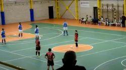 Un equipo de fútbol sala femenino se planta y se niega a jugar sin