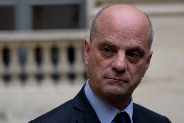 Jean-Michel Blanquer a démenti qu'une sanction allait être imposée contre Samuel...