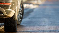 À Bordeaux, Extinction Rebellion dégonfle des pneus de SUV pour alerter sur le changement
