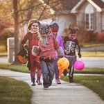 Don't Let Kids Trick Or Treat In Ontario's COVID-19 Hot Spots:
