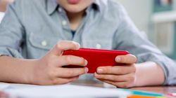 Ερευνα: Τα κινητά στην τάξη δεν εμποδίζουν τελικά την εκπαίδευση των
