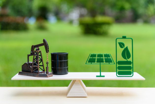 Το σταυροδρόμι των κλάδων πετρελαίου και