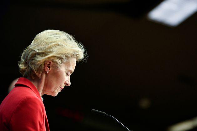 I tecnici di Bruxelles chiedono di seppellire alla svelta il Patto di Stabilità
