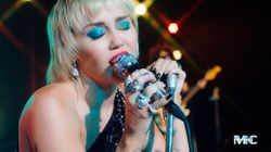 Miley Cyrus rendra hommage à Metallica dans un album de
